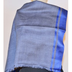 Scarf: 85% Wool - 15% Silk