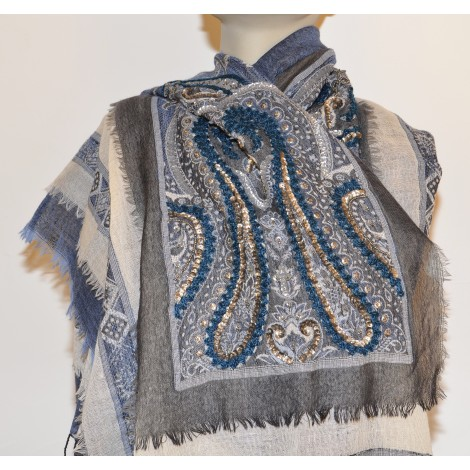 Shawl: Wool with shining stones